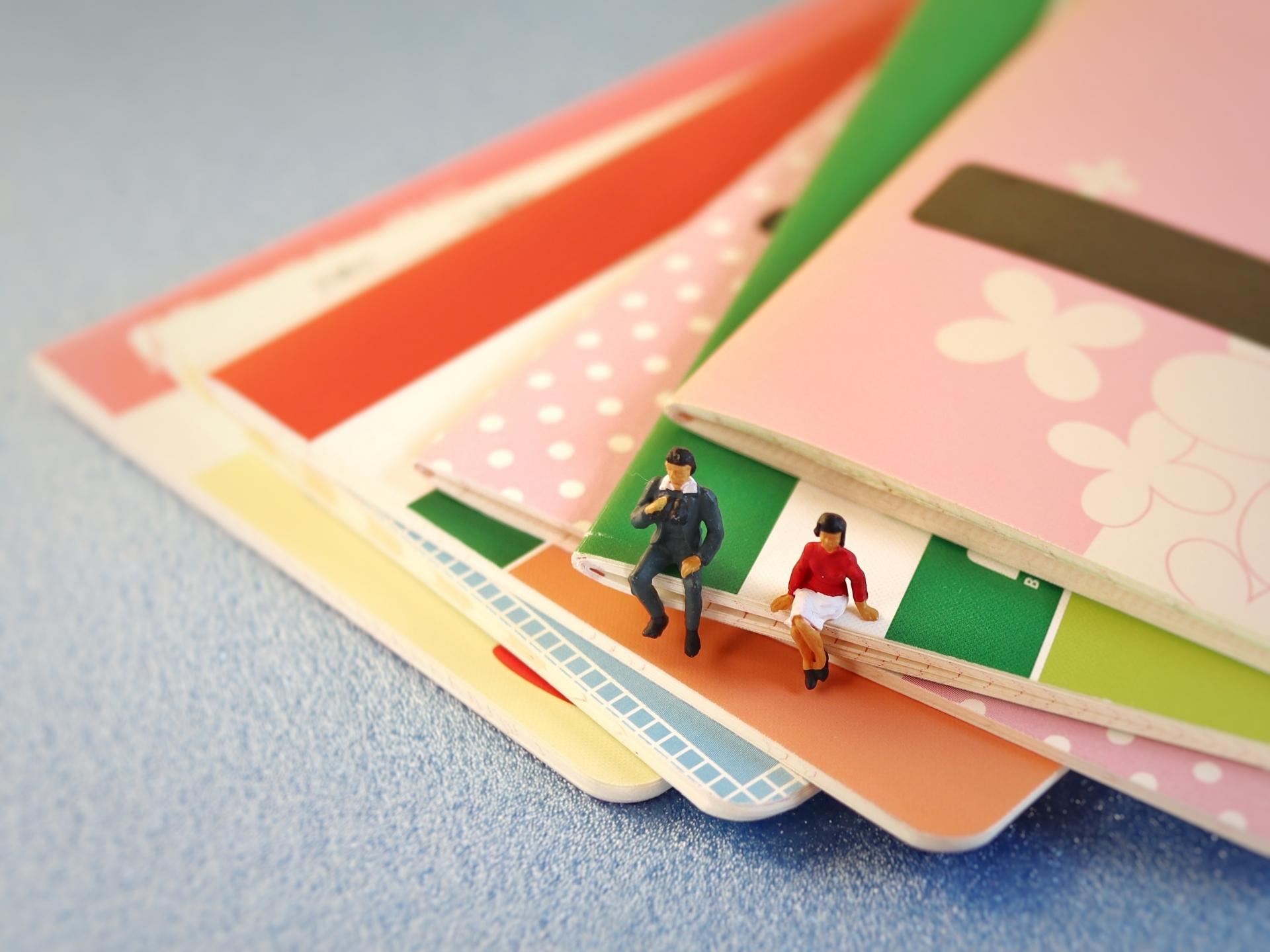 「家族の将来のための資金形成。「預金」と「投資」どちらを選ぶべき?」イメージ画像