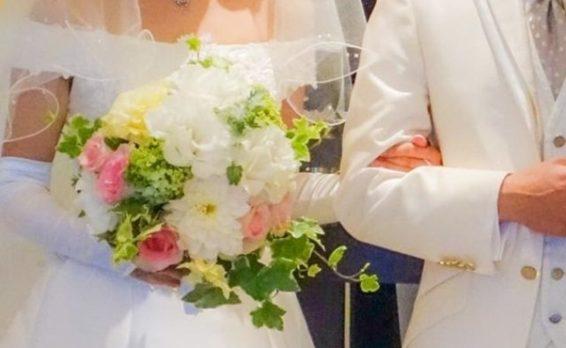 「結婚までにいくら貯金する?費用の相場と貯めるコツ」イメージ画像